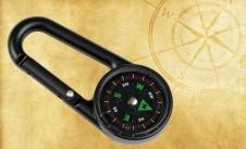 Karabinka s kompasem